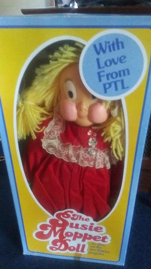 Vintage 1985 PTL Club The Susie Moppet Doll By Jim & Tammy Bakker for Sale in Chesapeake, VA
