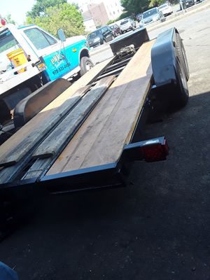 Towing trailer for Sale in Lynn, MA