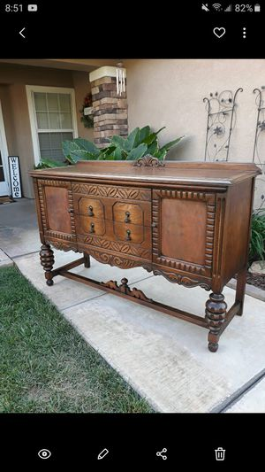 """ANTIQUE """"ANGELUS FURNITURE"""" SIDEBOARD / SERVER / ENTRYWAY PIECE / TV STAND (CIRCA 30'S/40'S) 60""""W × 20""""D × 40.5""""H for Sale in Corona, CA"""