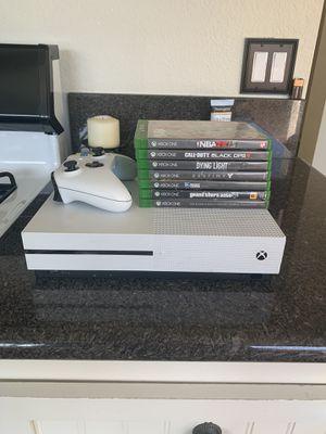 Xbox One S (1TB) Bundle for Sale in Coto de Caza, CA