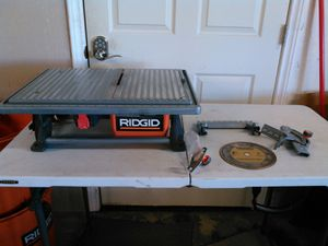 RIDGID 7 in. Table Top Wet Tile Saw (NO GUIDE) for Sale in Arlington, TX