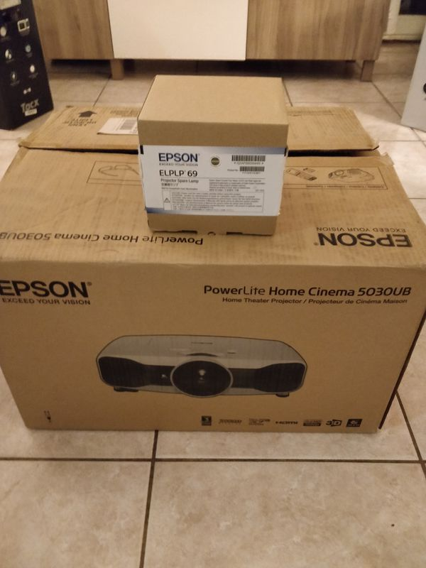 Epson PowerLite Home Cinema 5030UB LCD Projector - with replacement bulb
