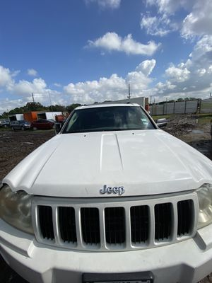 2006 Jeep Grand Cherokee parts only/ partes solamente for Sale in Houston, TX