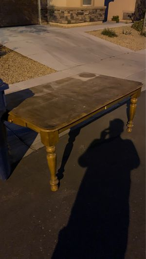 Free dining table for Sale in Las Vegas, NV