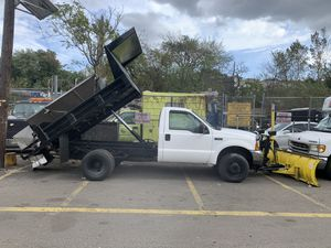 99 ford f350 7.3liters. diesel 4x4. automatic. dump truck for Sale in North Bergen, NJ