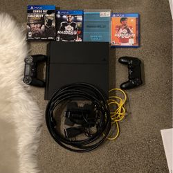 Playstation 4 With 5 Games And 2 Controllers for Sale in Bellevue,  WA