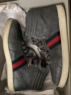 Gucci men shoes for Sale in Moreno Valley, CA