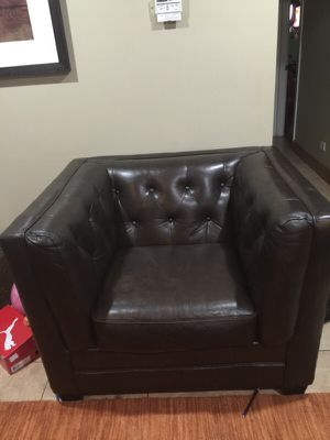 Ashley leather chair for Sale in Stickney, IL