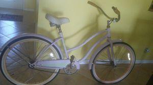 Cruiser bike for Sale in Dania Beach, FL