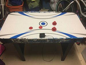 Small Air hockey table for Sale in Oviedo, FL