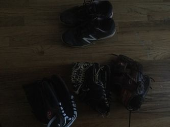 3 baseball gloves for Sale in Indianapolis,  IN
