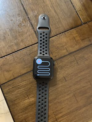 Nike iwatch 5 barely used for Sale in Vernon, CA