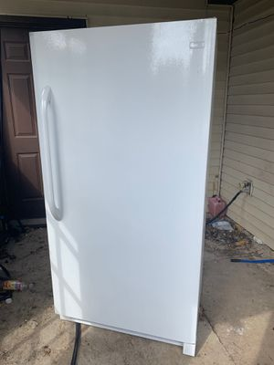 Frigidaire up right deep freezer new $300 or best offer for Sale in Bloomington, IL
