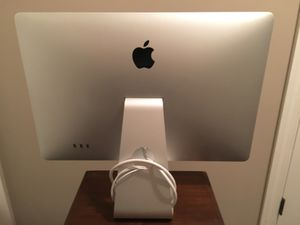 Apple Cinema Display **READ DESCRIPTION** for Sale in Chattanooga, TN