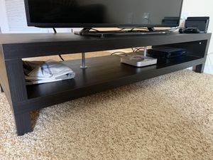 Low tv stand for Sale in Orlando, FL