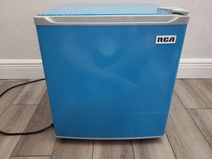Blue RCA 1.6 Cubic Foot Mini Fridge for Sale in Miramar, FL