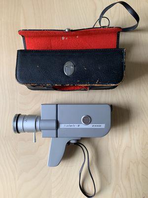 Saimic 8 Zoom, 8mm film camera for Sale in Glendale, CA