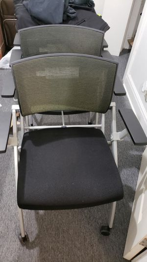 Office Chair comfort mesh office wheeled fold for Sale in Chicago, IL
