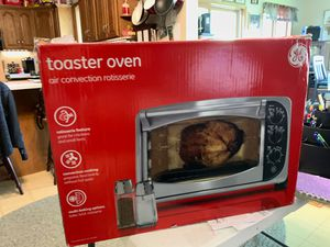 NIB: GE: Toaster Oven /Air Convection Rotisserie for Sale in Chippewa Falls, WI