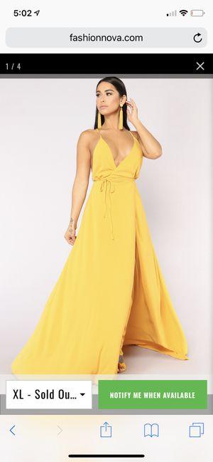 Fashion Nova Wrap dress for Sale in Saint Charles, MD