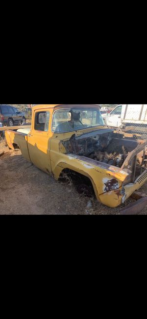 1957 Ford F-100 short bed needs lots of work for Sale in Apple Valley, CA
