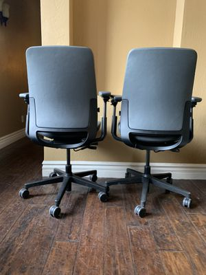 Steelcase Think Leather Task Office Chairs gray excellent condition for Sale in Phoenix, AZ