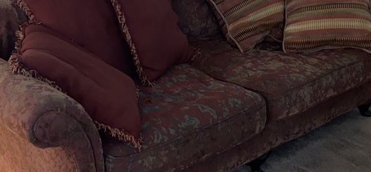 Free Couch for Sale in Hillsboro,  OR