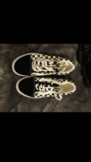 2.5y checkered vans worn 1 time for Sale in Federal Way, WA