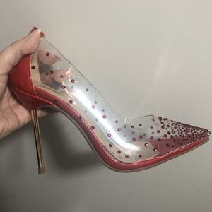 Pretty red new shoes size 37 for Sale in Miami, FL