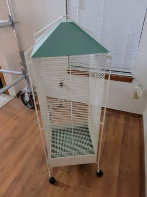 Roll around bird/small critter cage for Sale in Evansville, IN