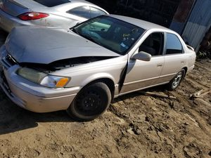 2000 Toyota Camry 4cyl **PARTS*** for Sale in Houston, TX