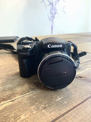 Canon powershot sx500 IS w/charger for Sale in La Habra Heights, CA