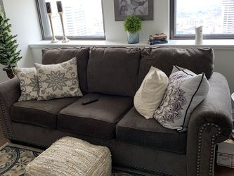 Sofa And Loveseat With Pillows for Sale in Columbus,  OH