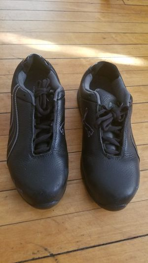 Steal toe Work shoes women for Sale in Newark, NJ
