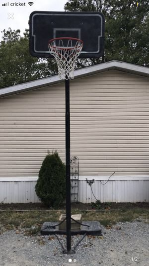 Basketball hoop for Sale in Rising Sun, MD