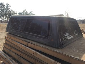 Leer Camper Shell/ Truck cap for Sale in Tracy, CA