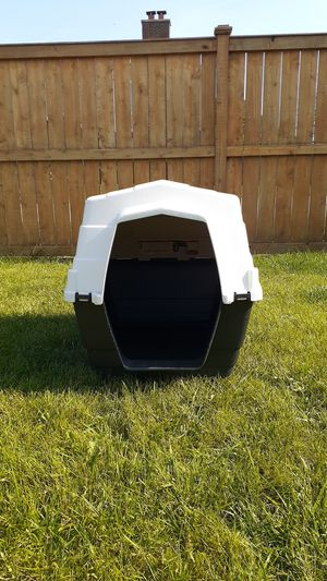 Insulated Dog House for Sale in Brookfield, IL