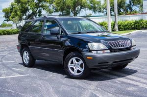 2001 Lexus RX300 Luxury SUV. Black on black. CLEAN TITLE! for Sale in Pompano Beach, FL