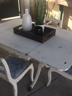 Distressed Wood Dinner Table for Sale in Anaheim,  CA