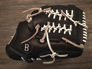 "Baseball Softball FieldersGlove, Custom 12.5"" RHT. for Sale in Santa Ana, CA"