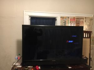 Two tv bundle for Sale in Cleveland, OH