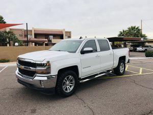 2018 CHEVY SILVERADO LT for Sale in Glendale, AZ