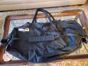 Very large duffle bag for Sale in Hoffman Estates, IL