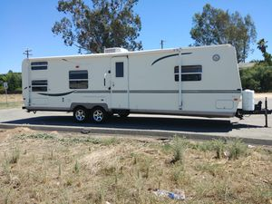 2004 Flagstaff by Forest River for Sale in Fresno, CA
