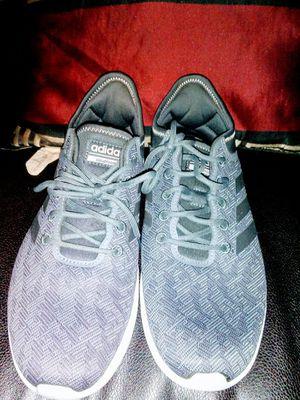 Adidas Cloud Foam women shoe size 8 1/2 for Sale in Madison Heights, VA
