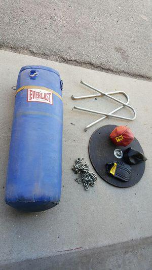 Everlast heavy bag speed bag set for Sale in Manhattan Beach, CA