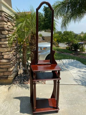 Antique Hall tree with tall mirror and shelves in great condition - $60.00 dlls for Sale in Lake Elsinore, CA