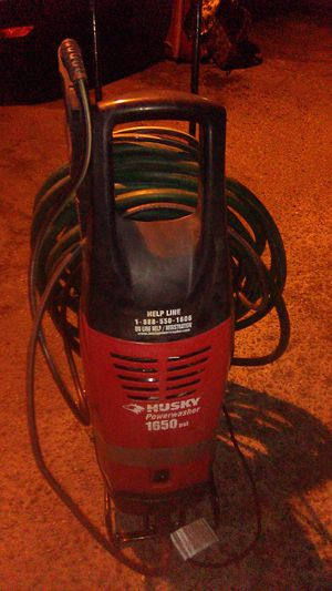 HUSKY PRESSURE WASHER 1650 PRESSURE WASHER for Sale in Los Angeles, CA