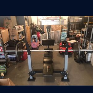 Olympic Style Bench Press With Full Set Of Weights for Sale in Seattle, WA