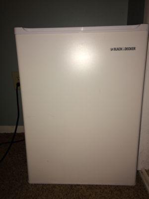 Black & Decker Mini Fridge/Freezer for Sale in Denver, CO